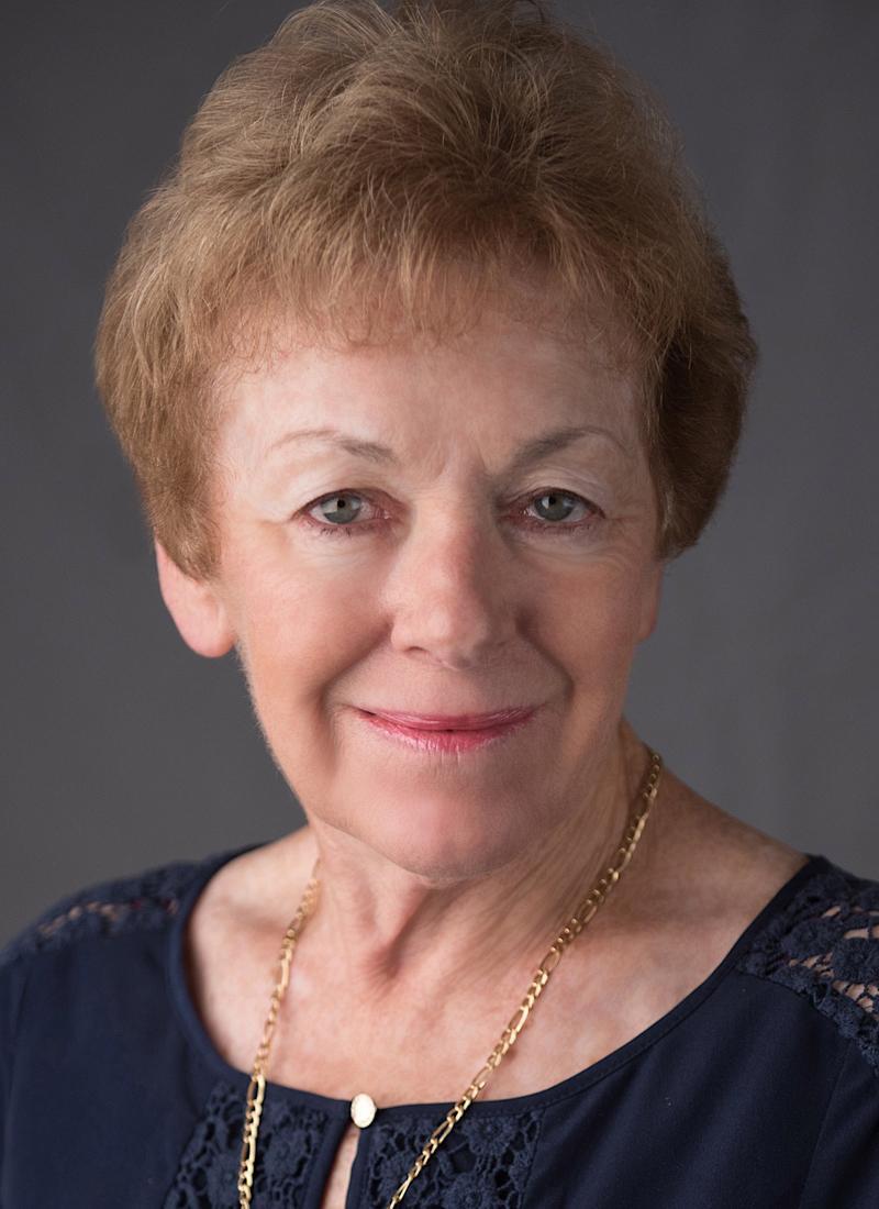 Pamela E. Nelsen, AAMS Photo
