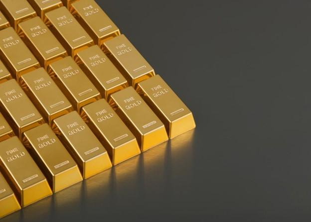 Gold vs. Stocks: Which Has Performed More Consistently? Thumbnail