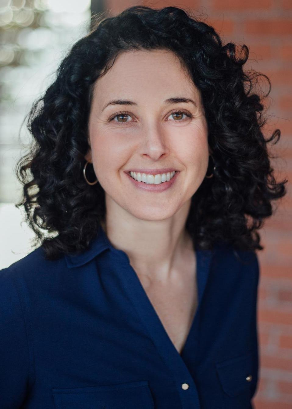 Carolyn Herzog, CFP®, CFA Photo