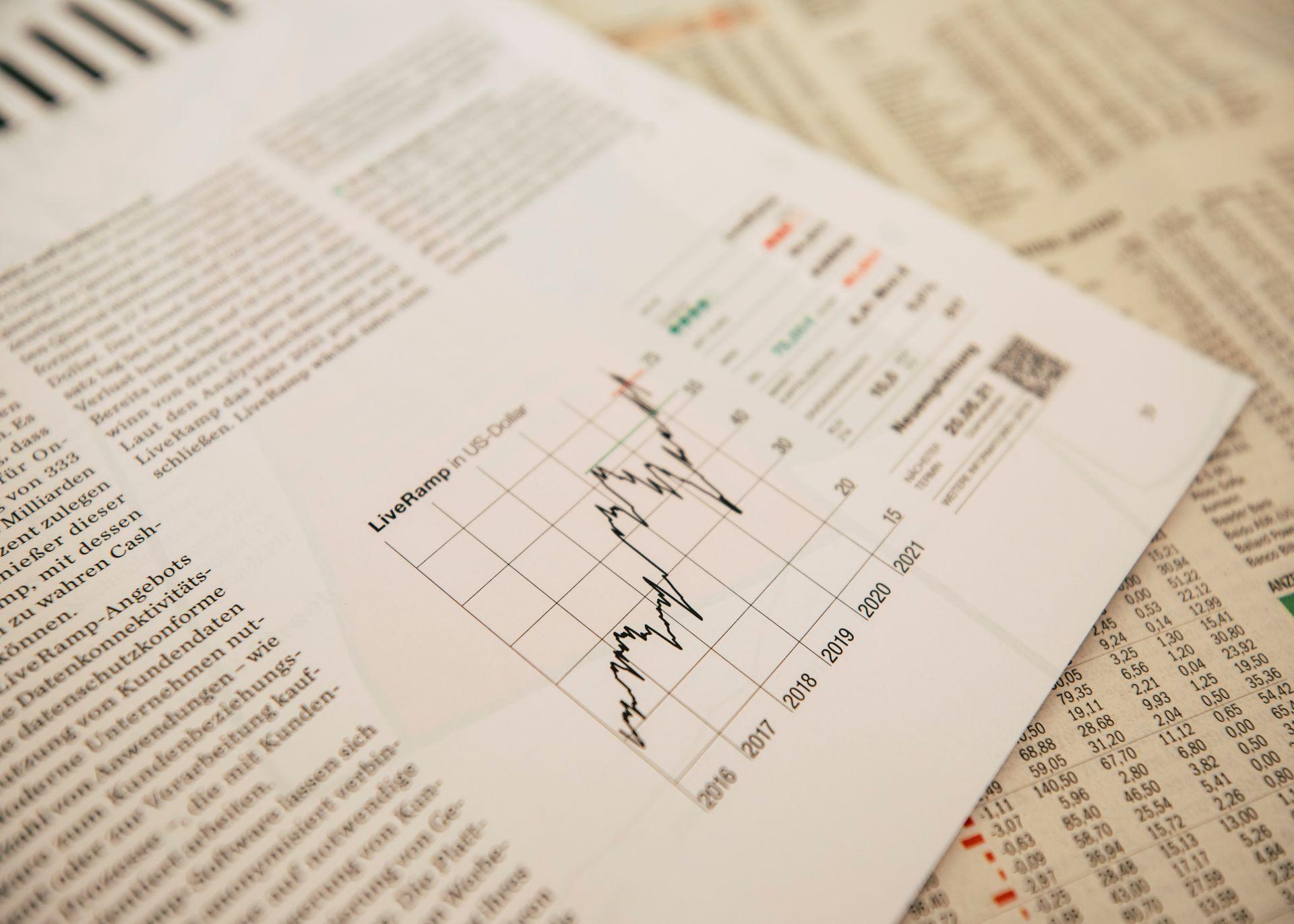 The beating the market myth Thumbnail