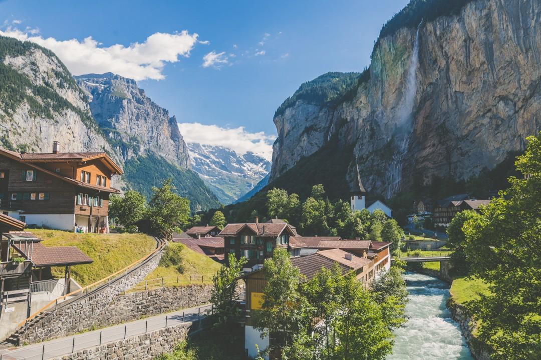 Switzerland: Safe Haven during Crisis Thumbnail