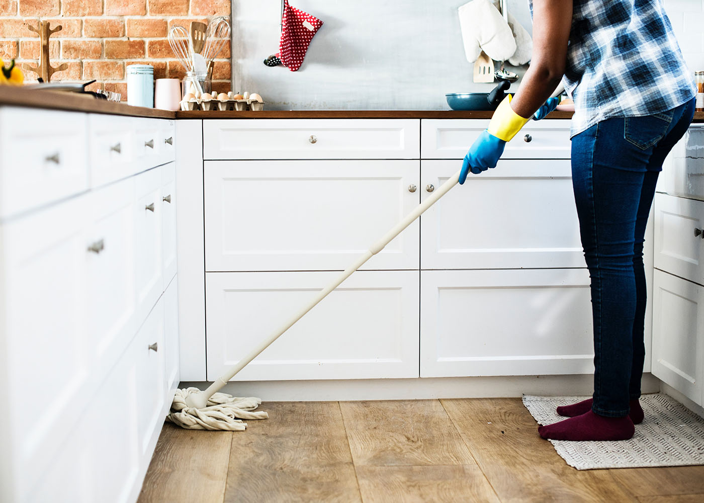 7 Ways to Spring Clean Your Finances Thumbnail