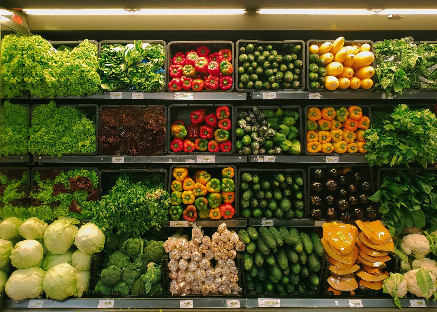 Looking to Trim Your Budget? Consider These 9 Ways to Save on Groceries Next Month Thumbnail